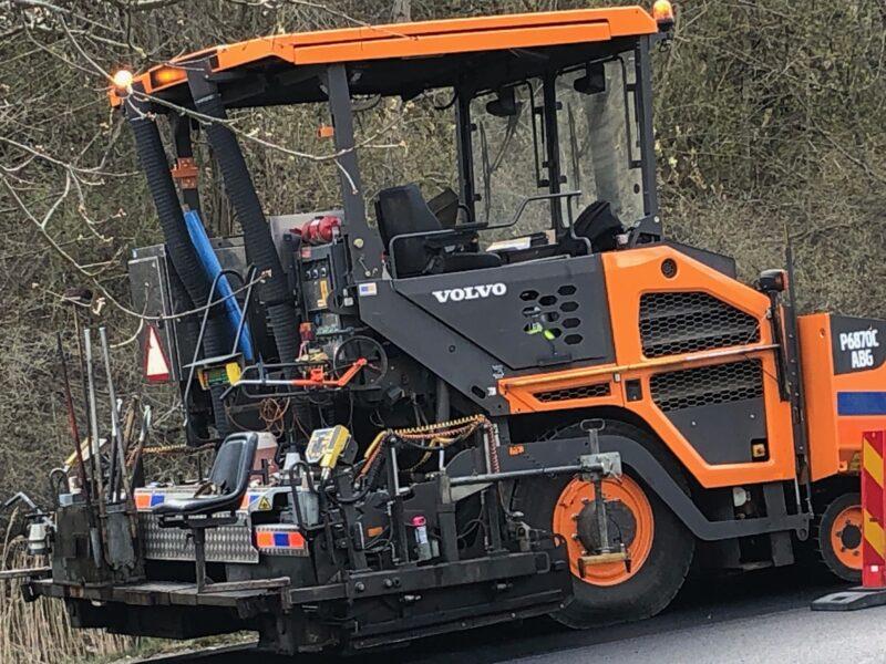 Rygatan utsliten– nu får östra Mölndals magiska musikgata ny asfalt